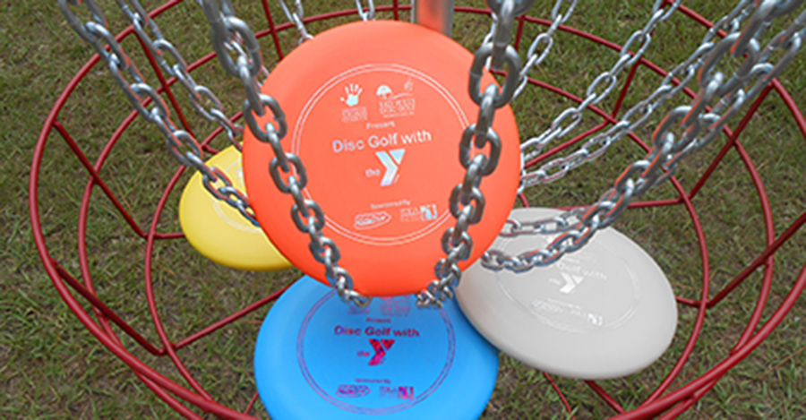 Disc Golf With The Y