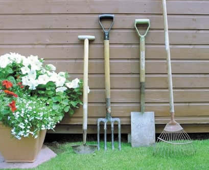 Lawn-And-Garden-Tools-1